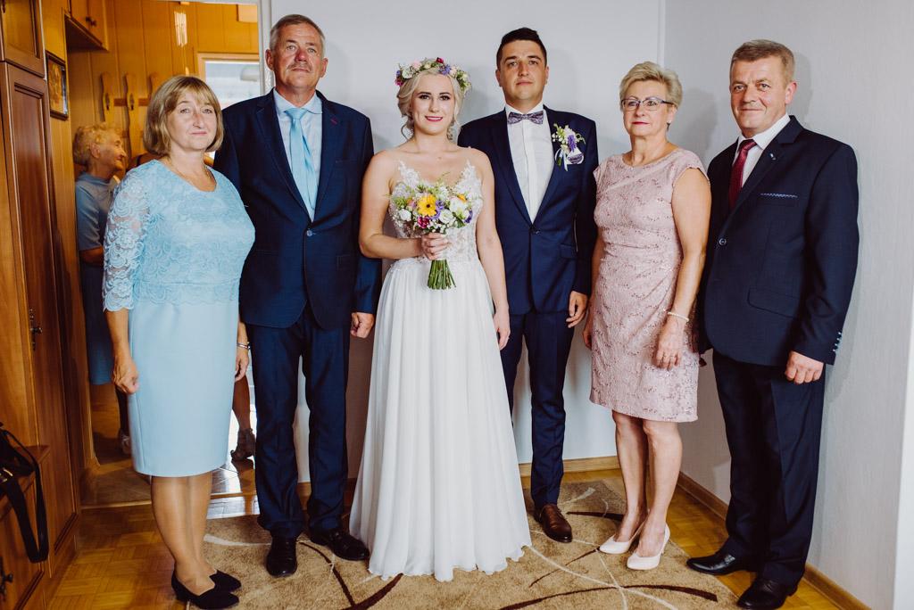 Rodzice panstwa mlodych dumni ze swoich dzieci, flisacka gmina, flisacy na slubie i weselu w nisku, fotograf na slub stalowa wola, fotograf slubny krakow, fotograf na ślub w sandomierzu