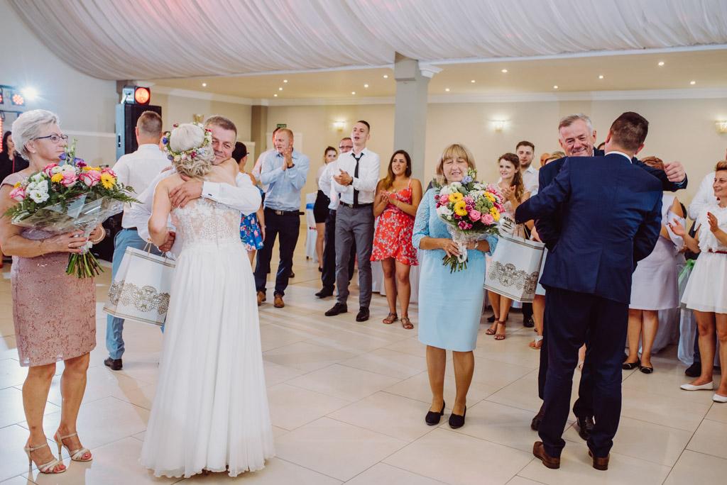 podziekowania dla rodzicow, flisacka gmina, flisacy na slubie i weselu w nisku, fotograf na slub stalowa wola, fotograf slubny krakow, fotograf na ślub w sandomierzu