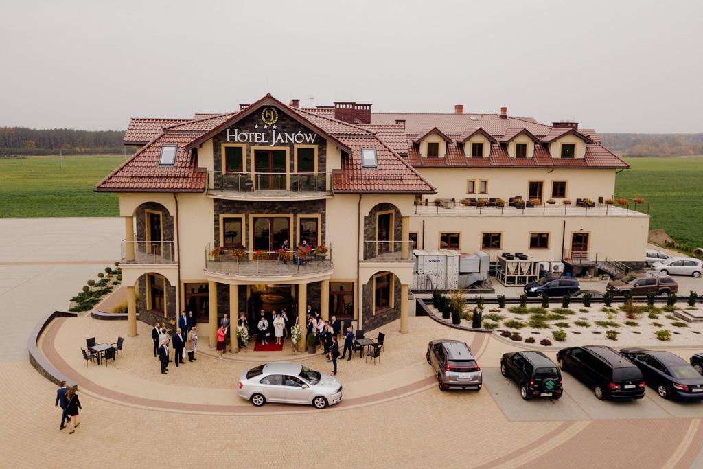hotel janów, borownica