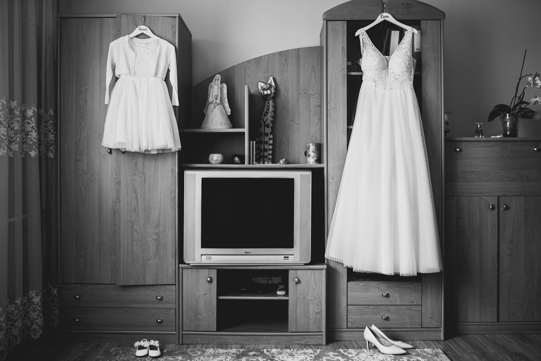 suknia ślubna, detale ślubne, wojskowe wesele