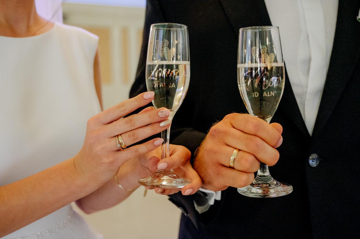 pierwszy toast