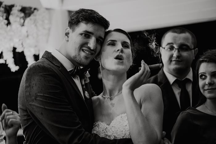 sesja slubna na weselu, fotograf ślubny